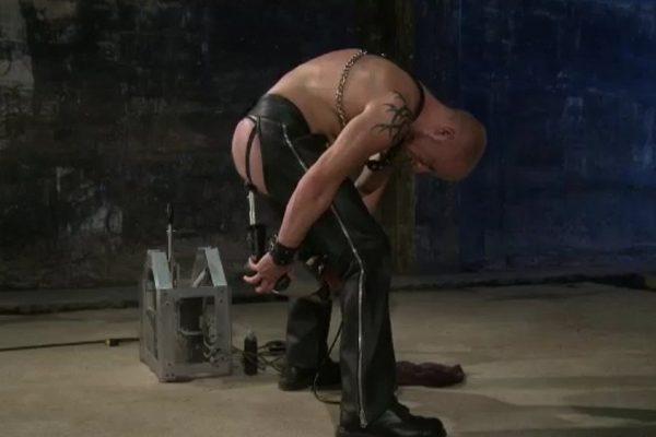 Butt Machine Boys: Luke Riley