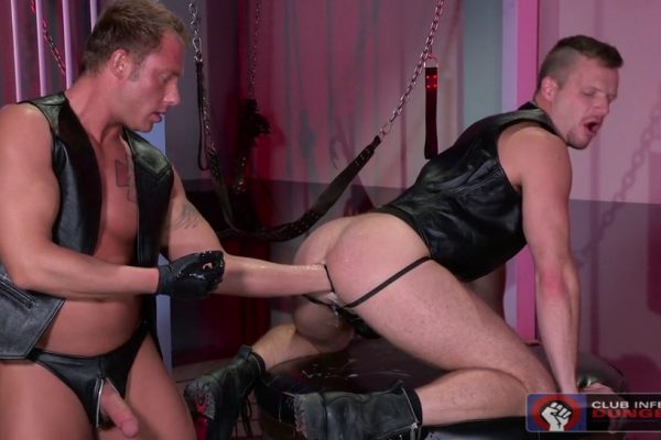 Gay Fisting: Brian Bonds and Preston Johnson