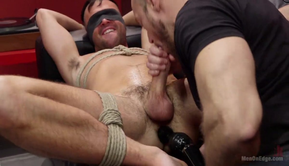 Edging: Alex Mason