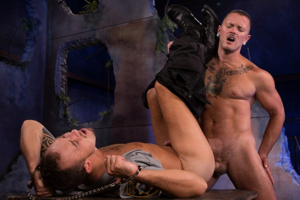 Gay BDSM: Max Cameron and Kirk Cummings