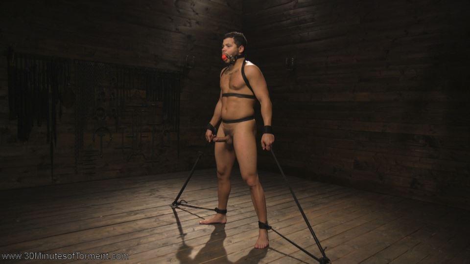 Kaden Alexander Brutally Tormented By Sebastian Keys